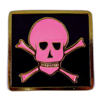 Kids skull belt buckle with pink color fill on black background
